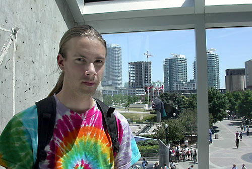 zak at the base of the cn tower
